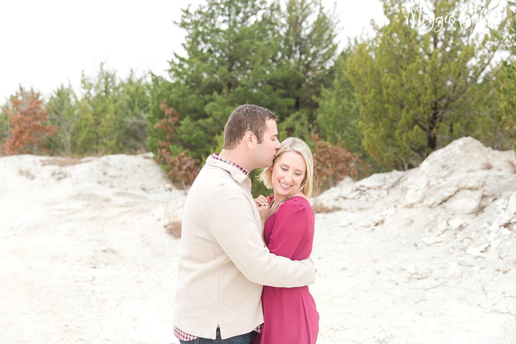 cammie-and-dylan-winter-engagement_1702