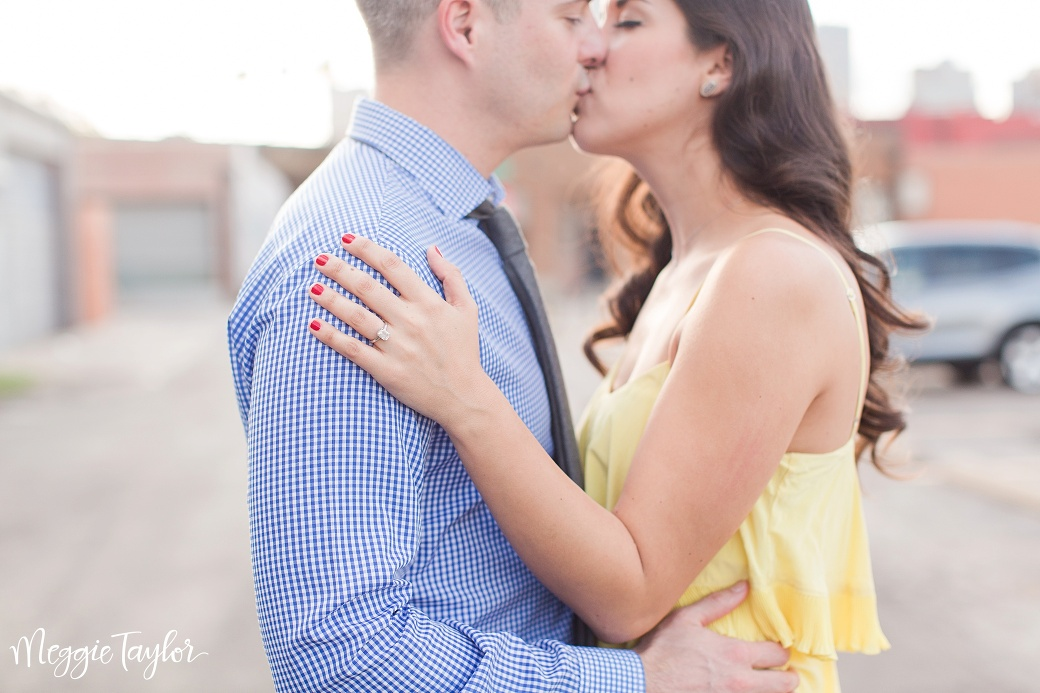 john-and-gigis-deep-ellum-engagement-session_1692