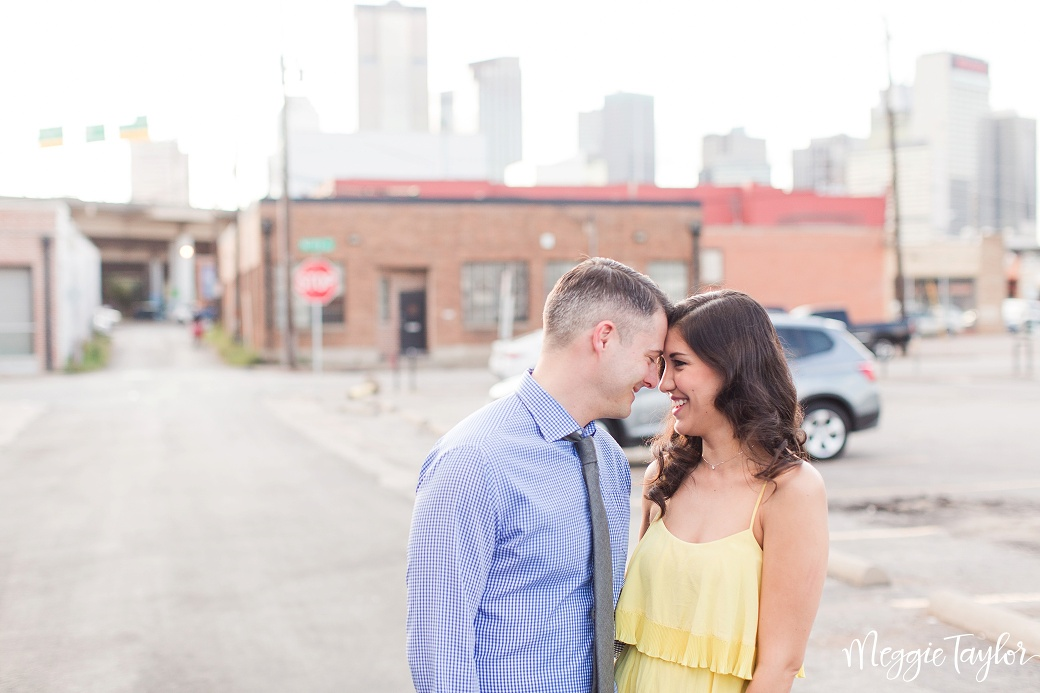 john-and-gigis-deep-ellum-engagement-session_1694