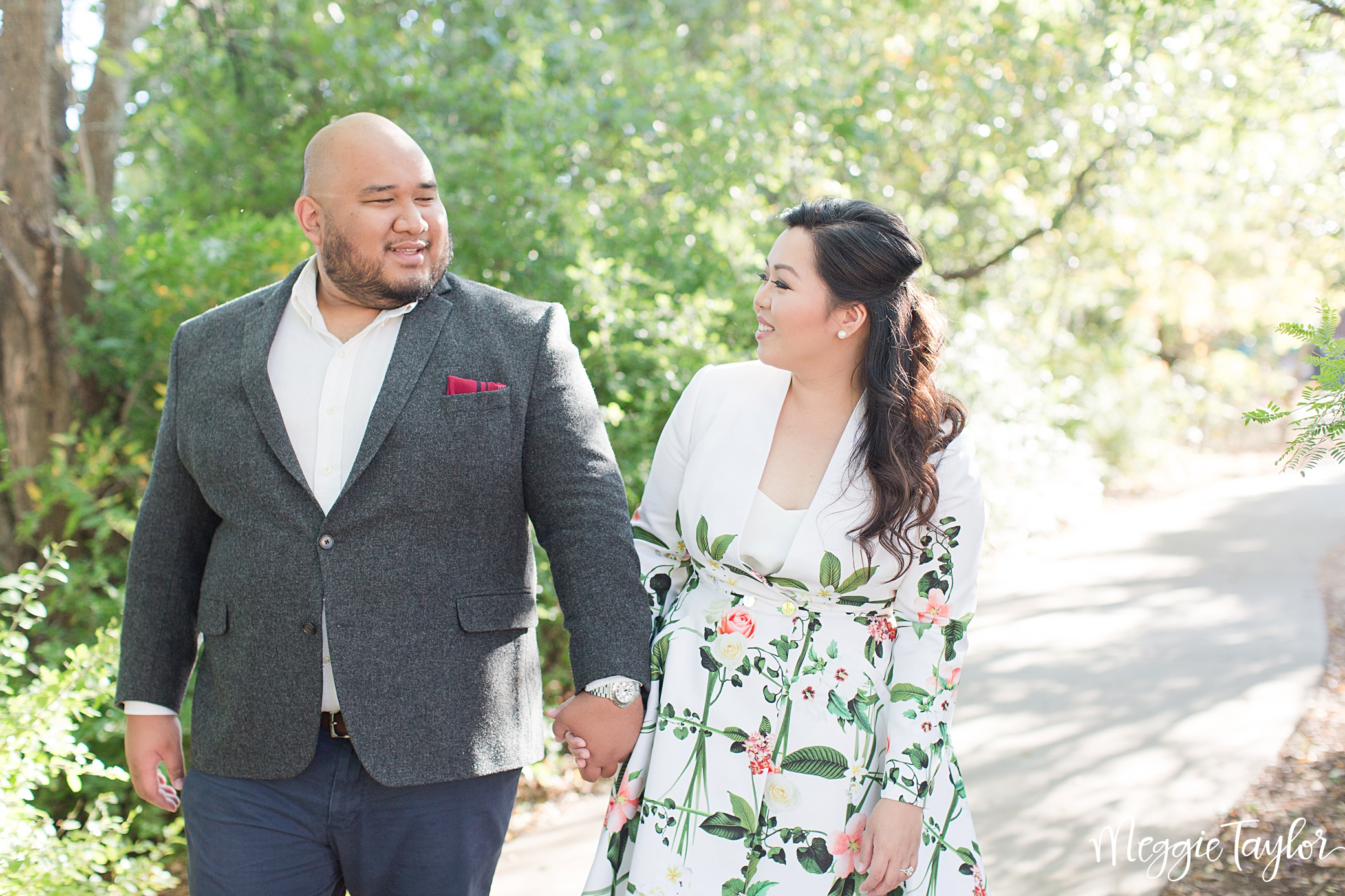 michelle-and-ralph-floral-engagement-session_1669